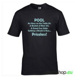 T-shirt egyedi grafikával
